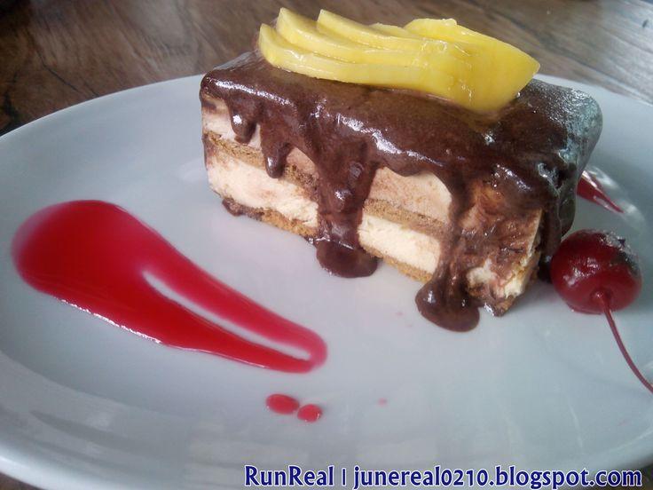 Éclair Cake http://junereal0210.blogspot.com/