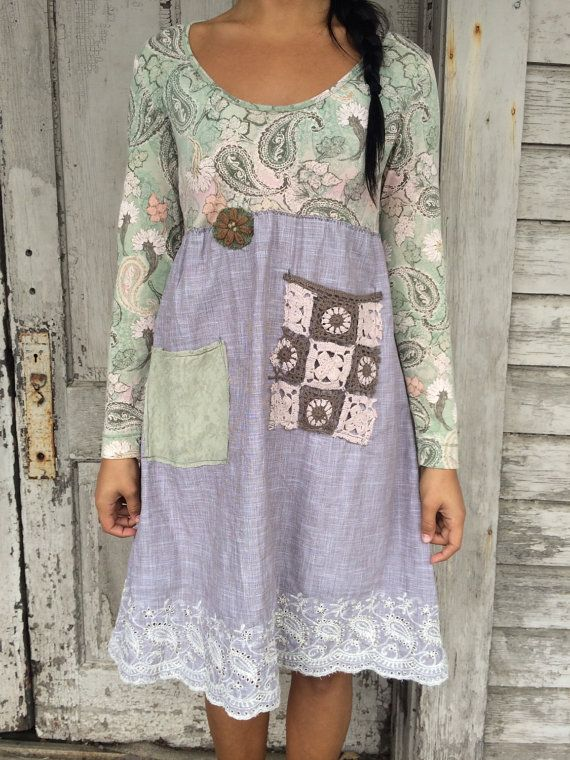 Romantic/Tattered/Romantic/Rustic /Boho Dress the upper part of dress is made cotton and has pretty floral design lower part is made with cotton and has two added pockets and knit flower along waistline Size-small medium Chest-38with stretch Waist -36 with stretch Length-38