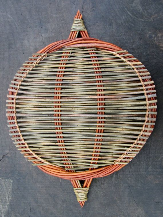 Willow platter, hand woven by Debbie Hall from locally grown organic willow in lovely colours.