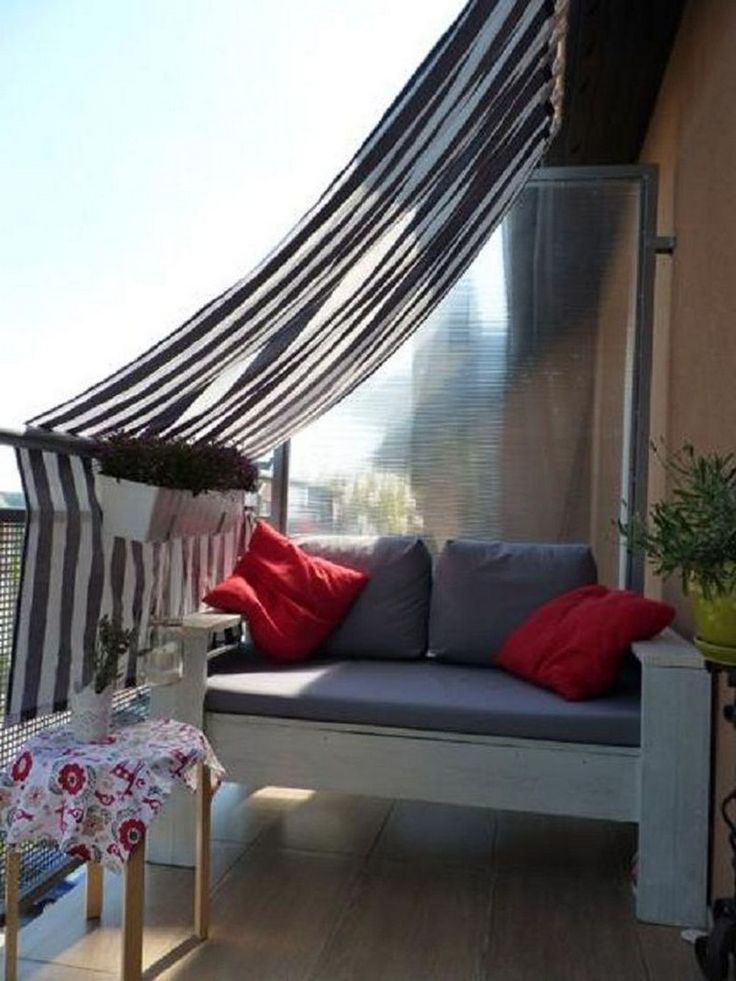 60+ Amazing Small Apartment Balcony Decor Ideas that You Must Try