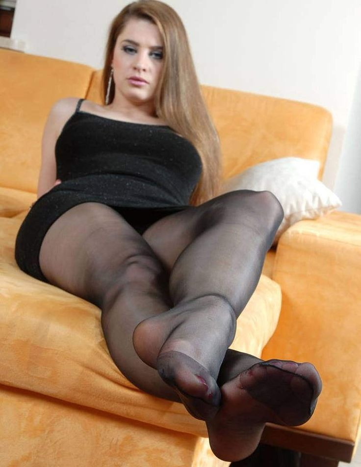 Pantyhose Feet In Movies 84