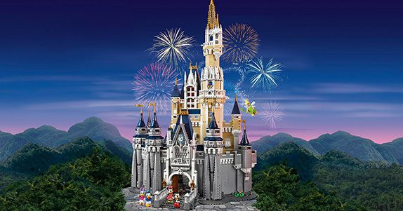 La LEGO realizza il maestoso Castello di Cenerentola del Walt Disney World Resort