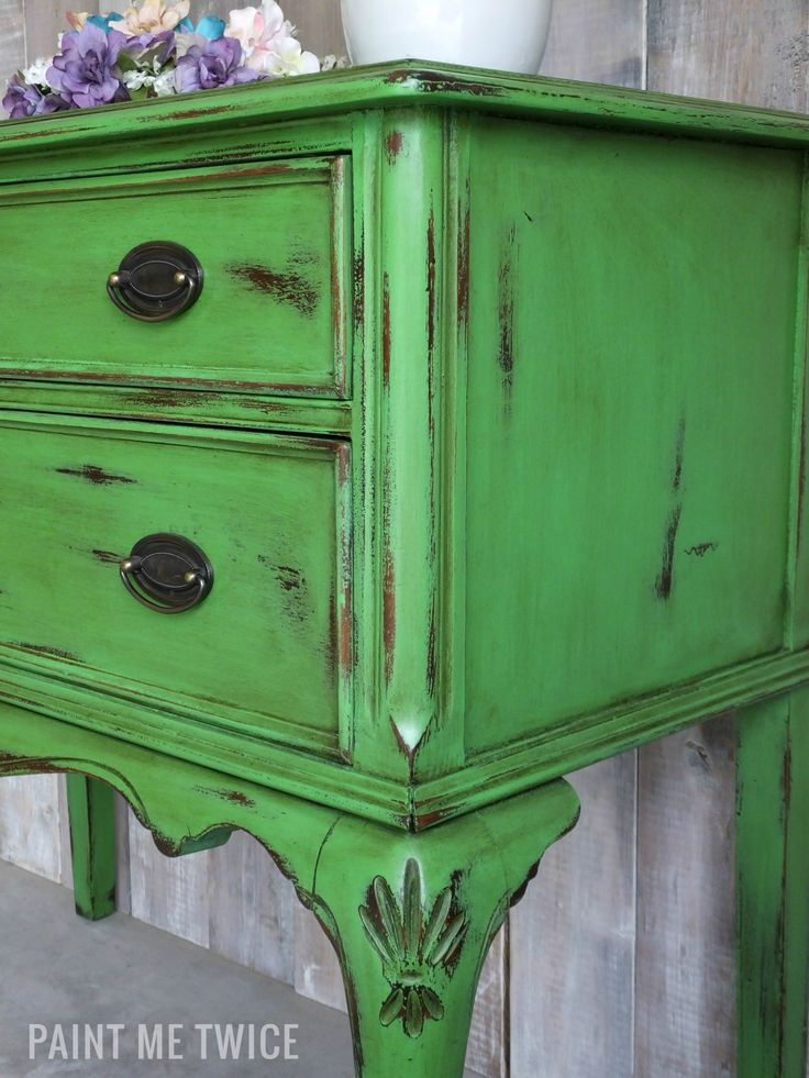 Antibes Green Chalk Paint® on server with Annie Sloan Soft Dar Wax | Project by Paint Me Twice