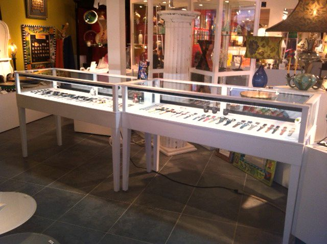 display cases for you retail store built and designed by display smart llc