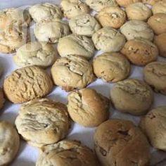 Weiche Honig-Walnusskekse für Rosch ha-Schana - Diese Kekse sind herrlich weich und werden mit Honig und Walnüssen gebacken - das perfekte Dessert für Rosch ha-Schana. Meine Kinder lieben die Kekse! @ de.allrecipes.com