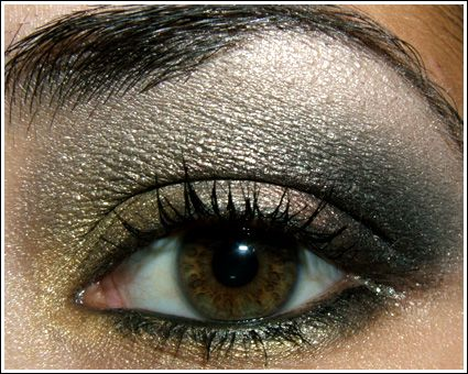 AMAZING - Best Black & Gold Smokey Eye.   I thought I would want less carbon/black ore than her & more gold, but her mix of everything is absolute perfection.  Follow it as closely as possible (dupe as needed) before thinking it needs changes.  She has list of dupes/mixes.  I also duped ricepaper=femme fi, carbon & woodwinked=black ore, woodwinked=evening aura.  As always- I used prep & prime first over whole lid, then I used bare study (switch out for soft ochre for non-shimmer looks).