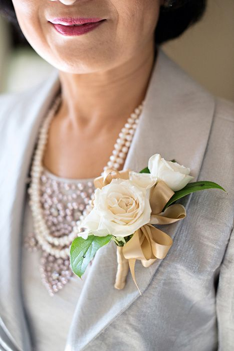 Spray Rose Corsage Flowers By Lee Forrest Design Photo By Kwp Weaver Soft And Sweet
