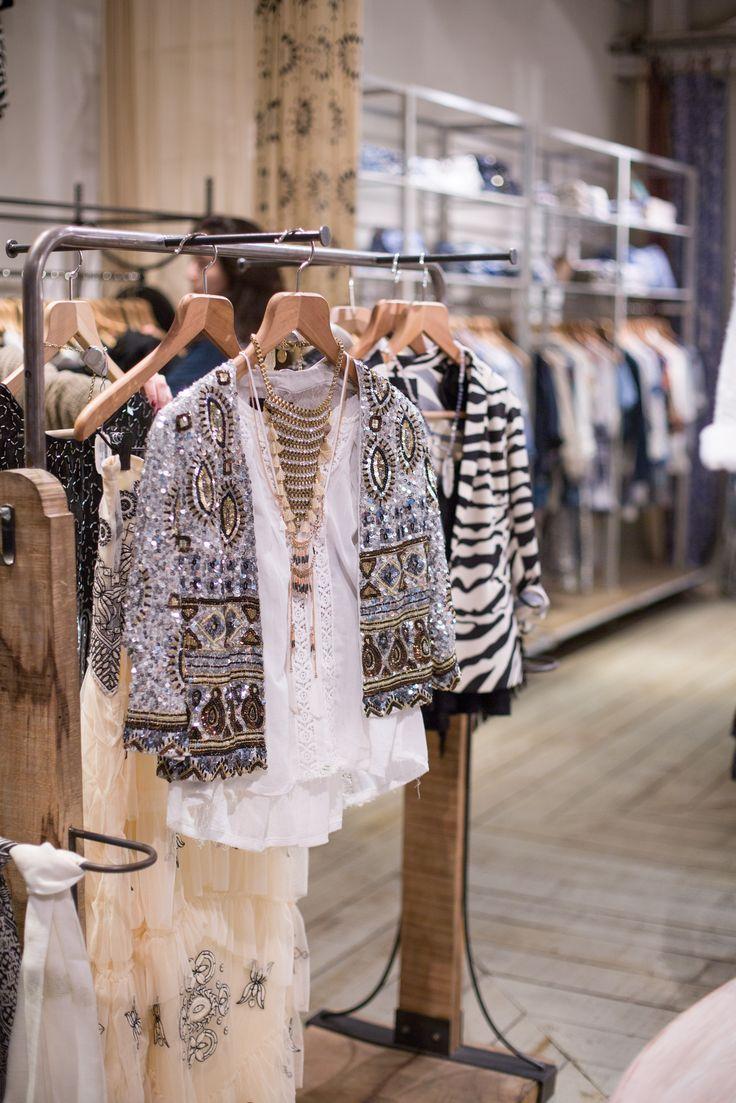 Tener negocio de ropa sostenible y que le dé trabajo a las personas de mi comunidad.