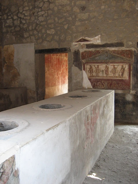 239 best pompeya y herculano images on pinterest for Ancient roman cuisine history