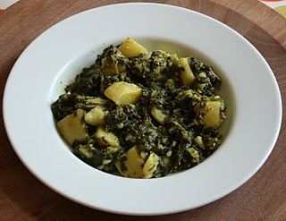 Saag Aloo (spinach and potato) Tried, tested, given thumbs up by Boy & me.: Saag Aloo, Aloo Spinach, Potatoes Saag, Boys, Recipes, Cooking