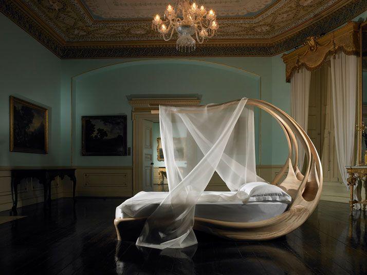 Le lit à baldaquin Enignum - Le blog des tendances design, technologies, architecture, web