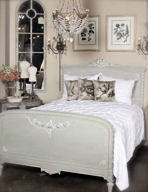 Antique French Shabby And So Chic Bed #antique #bed #french #shabbychic Www
