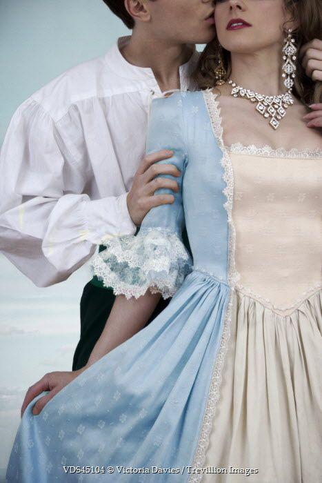 Victoria Davies GLAMOROUS HISTORICAL COUPLE Couples