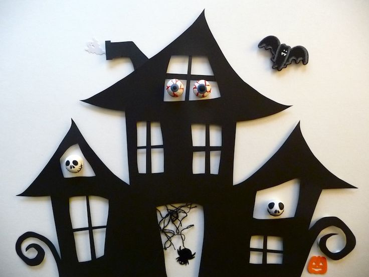 Cute haunted house cutout - create your own with the tutorial #crafts #Halloween #house