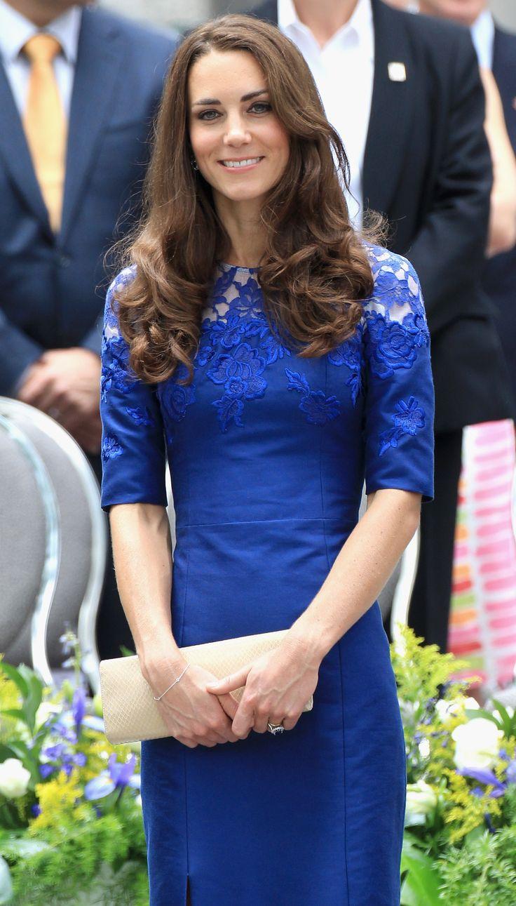 Kate Erdem Moralioghi Blue Lace Dress Quebec 3 July 2011