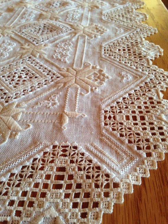 "Hardanger Table Runner, gorgeous two tone 24.5"" x 14"". Cream fabric with white and ivory threads."