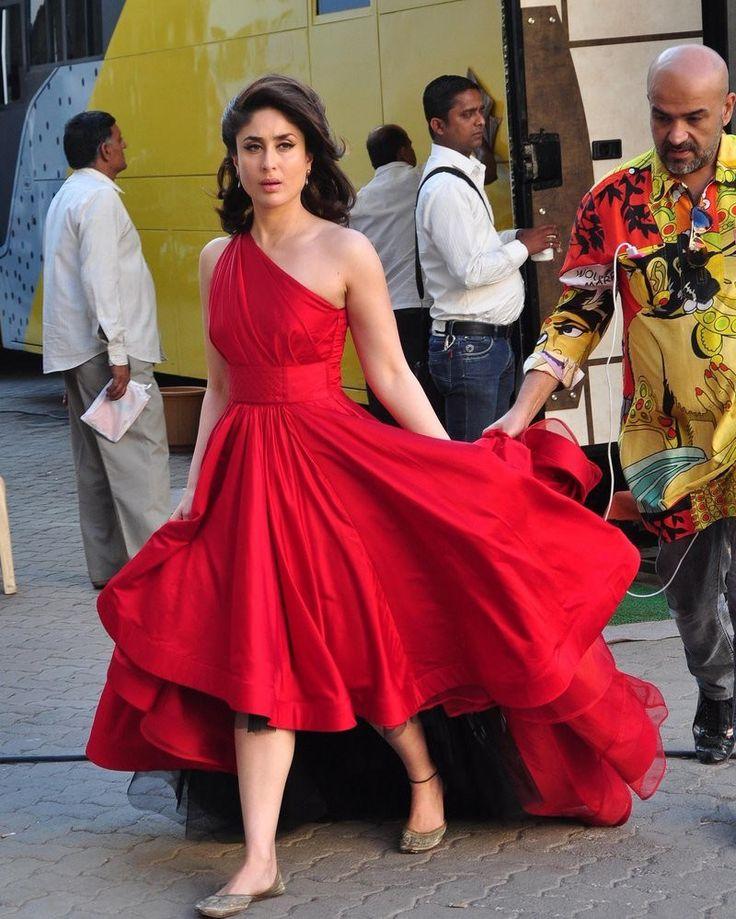 Kareena Kapoor shoots for the latest Lakme Ad campaign in Gauri and Nainika. #LakmeAd #Shoot #RedDress #Mumbai #MehboobStudio #CosmeticBrand #GauriandNainika #KareenaKapoor #GautamKalra