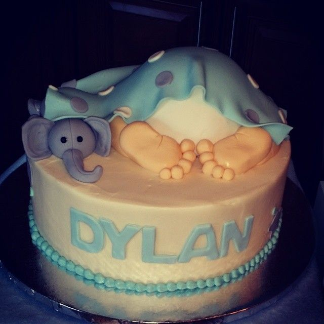 This is the cutest cake!!