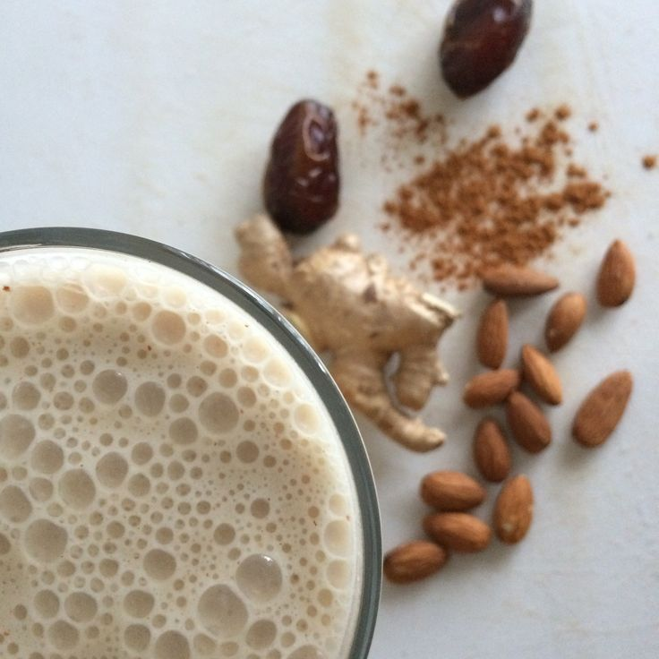 This almond ginger smoothie is packed with good for you ingredients that support clear, blemish free skin. Warming ginger and creamy almond butter make this a crave able delight, even in the colder fall and winter months. Here are some of the benefits: Bananas contain fiber, Vitamin B6, a