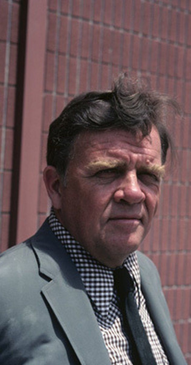 Pat Hingle, Actor: Batman. Pat Hingle (real name: Martin Patterson Hingle) was born in Miami, Florida, the son of a building contractor. His parents divorced when Hingle was still in his infancy (he never knew his father) and his mother supported the family by teaching school in Denver. She then began to travel (with her son in tow) in search of more lucrative work; by age 13 Hingle had lived in a dozen cities. The future ...