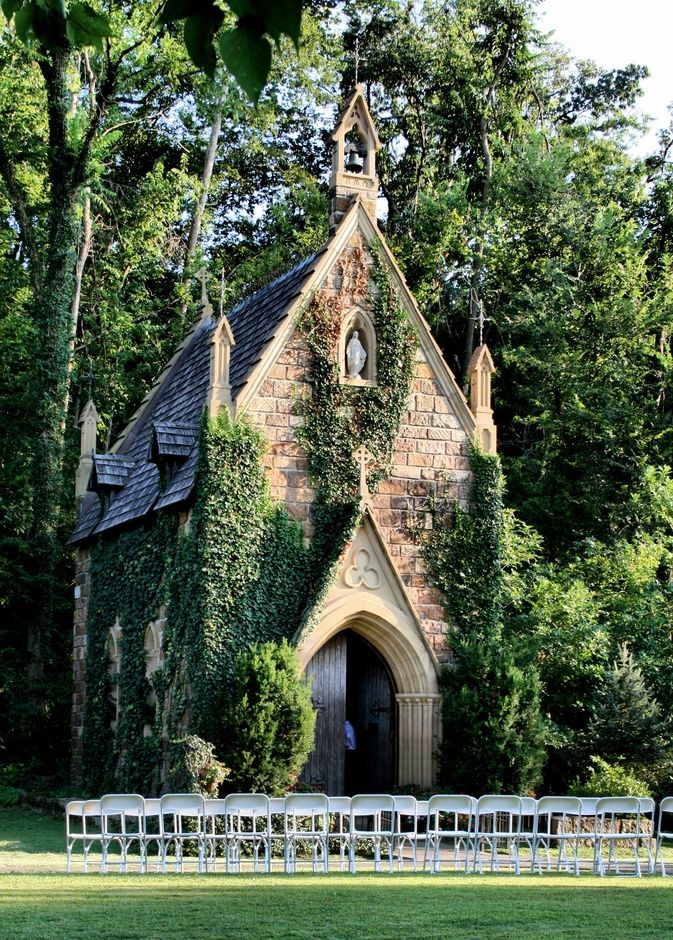 Church Amongst The Woods And Ivy Fayetteville Arkansas