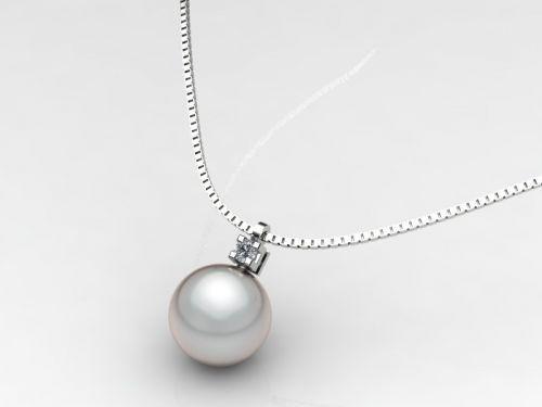 Girocollo punto luce in oro bianco giallo o rosa (18 kt) a griffe quadro con n.1 diamante taglio brillante e n.1 perla bianca o grigia .Disponibile con le quattro tipologie di perle (piena perlagione-akoya giappone-australia-tahiti) nelle varie dimensioni.Naturalmente, con il crescere delle dimensioni della perla, in proporzione crescono anche le dimensioni del diamante e della catena. http://www.timeless-italia.it/jewels/gg/2/cg/s/tt/18/ct/s/p/1/cp/s/Girocollo-con-perle-e-diamanti.html