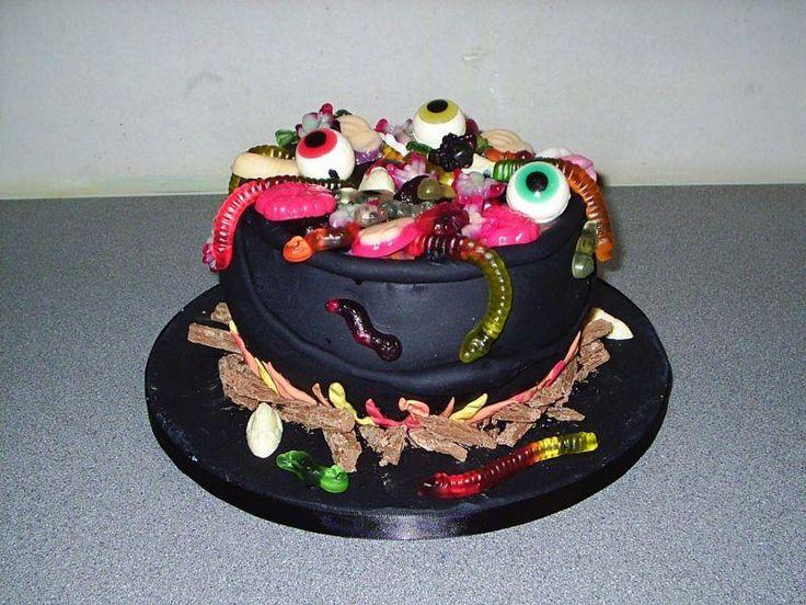 Ideias de bolos Halloween - http://www.boloaniversario.com/ideias-de-bolos-halloween/