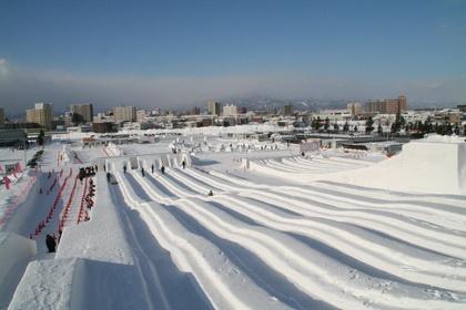 さっぽろ雪まつり ジャンボすべり台 ツドーム会場 Sapporo snow festival 2012 tudomu area