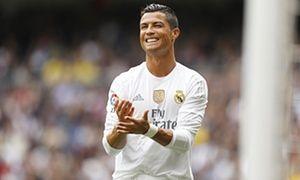 Football transfer rumours: Real Madrid's Cristiano Ronaldo to PSG for £100m? - http://footballersfanpage.co.uk/football-transfer-rumours-real-madrids-cristiano-ronaldo-to-psg-for-100m/
