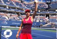 Simona Halep s-a calificat în turul II de la US Open, după abandonul Marinei Erakovic, în al doilea set al întâlnirii