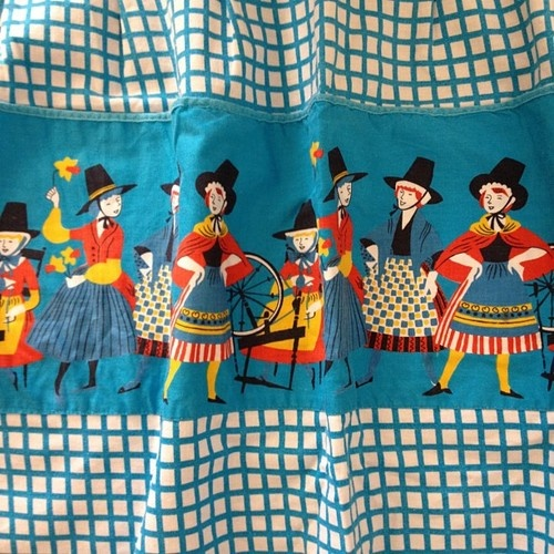 Romanian Folk Tale-esque pocketed apron.