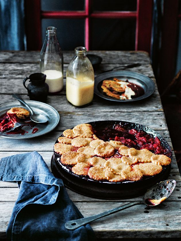 rhubarb, apple and raspberry pie from the autumn 2014 issue