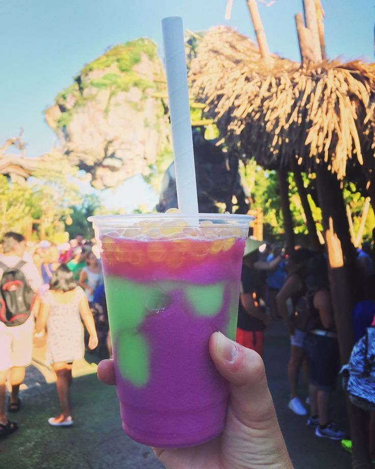 The Night Blossom Drink at Pandora: World of Avatar Is Instagram's New Disney Obsession