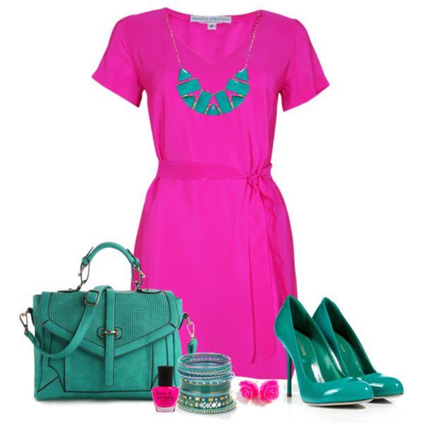 Туфли цвета морской волны, малиновое платье, сумка цвета морской волны, бижутерия в тон