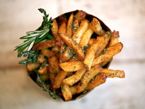 rosemary thyme fries / good stuff eatery
