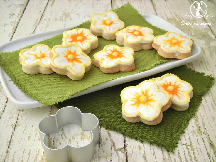 Biscotti a forma di fiorellino