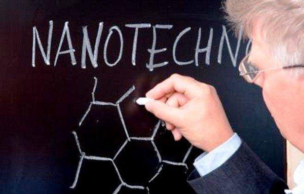Fenomena Nanoteknologi yang Perlu Anda Ketahui http://indonesiatoday.id/wp-content/uploads/2017/03/image-1-34.jpg MALANGTODAY.NET– Nanotechnology sangat sulit didefinisikan. Dari kelahirannya cabang ilmu ini terserak di antara 'reality based science' dan 'fantasy'. Namun menurut kamus Meriem Webster Nanotechnology coba didefinisikan sebagai ilmu pengetahuan yang memanipulasi material yang terdapat dalam atom atau skala molekul, khususnya untuk membangun sebu