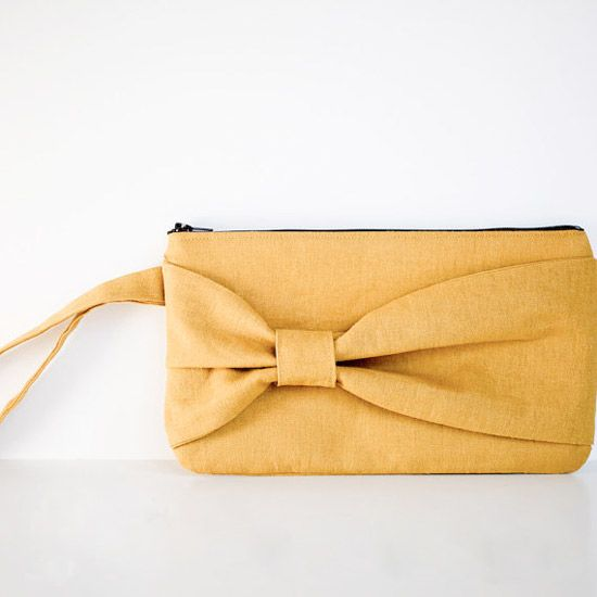 A DIY bow clutch, with step by step instructions. (via Elm Street Life)