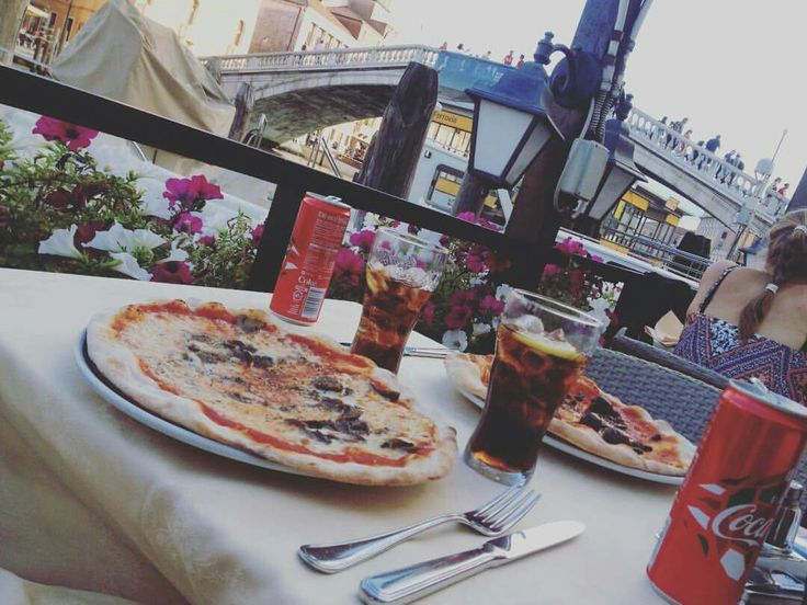 Trattoria #amazing #pizza #inlove #Italy #Venice