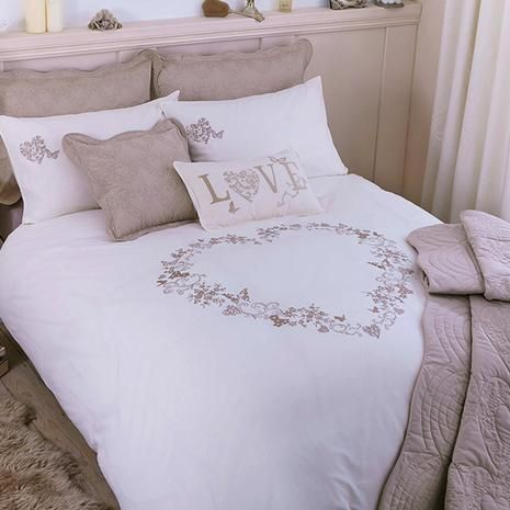 Cream Parisian Bed Linen Collection