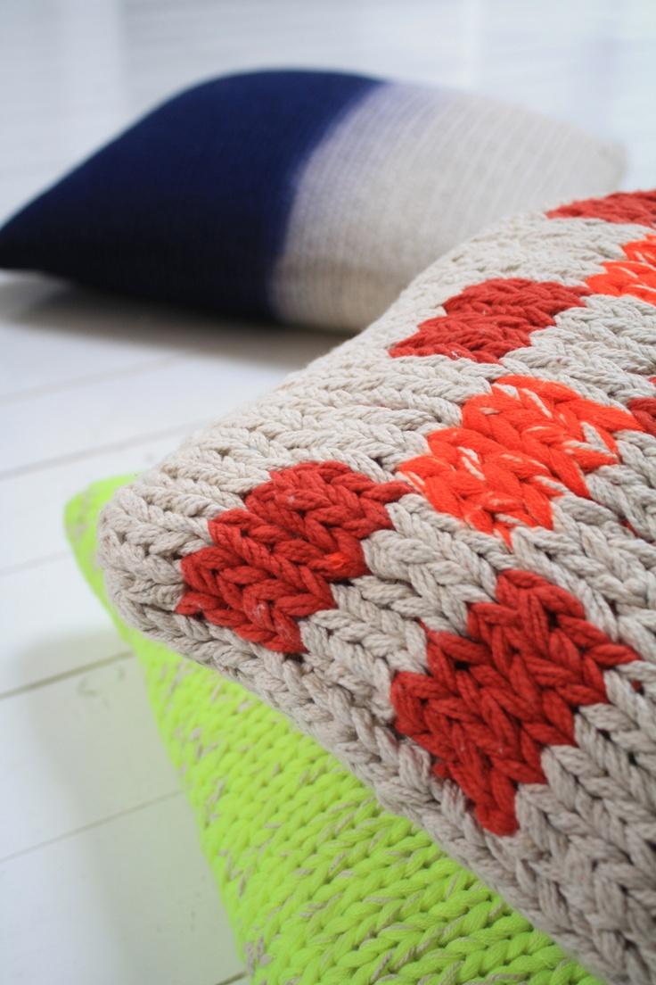 HKliving knitted cushions HK Living Interiors van: http://media-cache-ec3.pinterest.com/upload/140878294565158696_AO9ji8v5.jpg