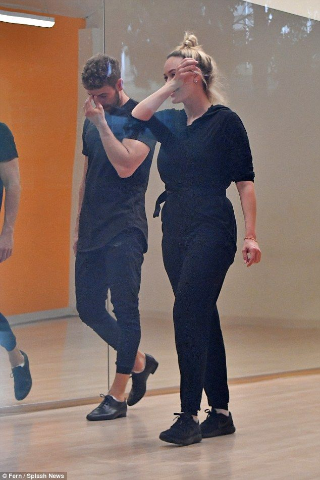 Missed a step? Bachelor bad boy Nick Viall looked a little stressed as he trained for DWTS with Peta Murgatroyd on Saturday