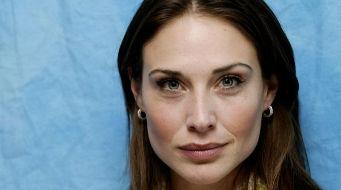Claire Forlani To Recur On Hawaii Five-0