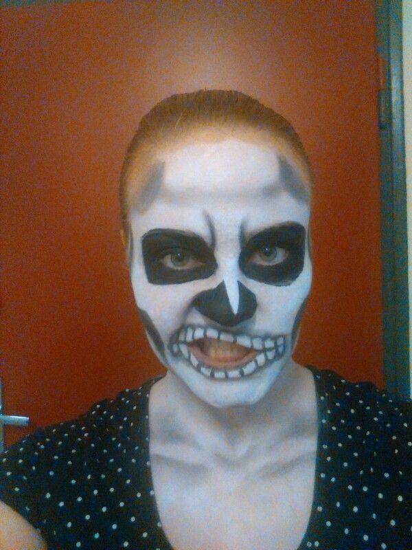 Skelet make up