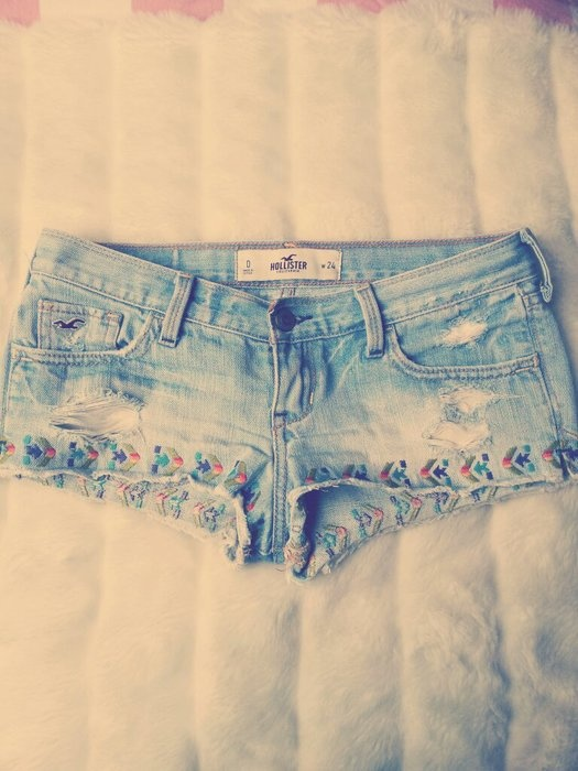 I'd love these shorts with all the detailing if they were about 3 inches longer!!