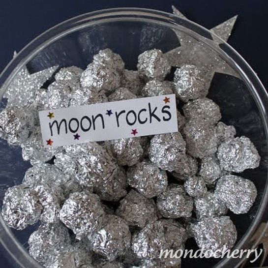 Simple idea for 'moon rocks' - scrunched up tinfoil - aren't these fun! Now with a link to the original idea.
