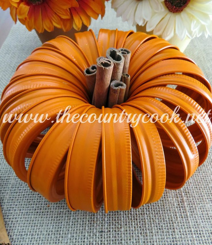 The Country Cook: Mason Jar Lid Pumpkins #pumpkin #decor