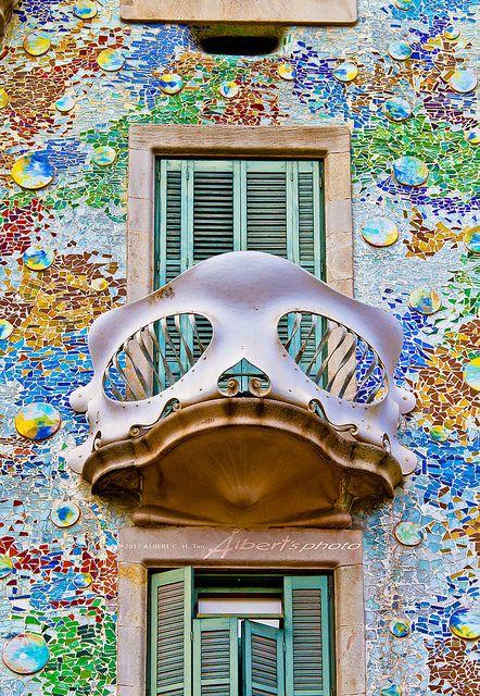 ∞ Casa Batlló (Gaudí), Barcelona Barcelona Hotel Interior Designs