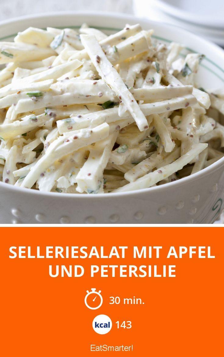 Selleriesalat mit Apfel und Petersilie