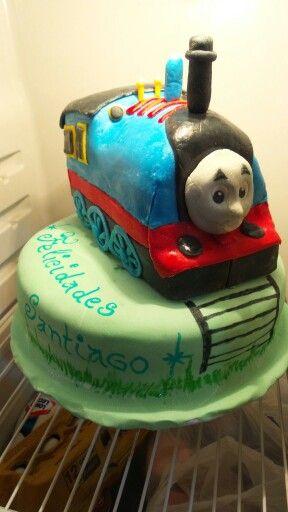 Torta thomas hecha por Mariana's Cake. https://m.facebook.com/marianas.cake.7